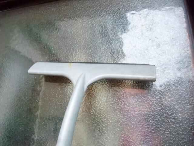窓ガラス掃除スクイージ